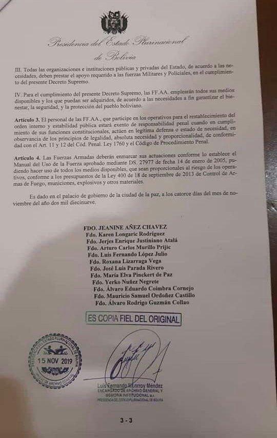 """El gobierno de facto boliviano eximió a las FFAA de """"responsabilidades penales"""" durante las represiones"""
